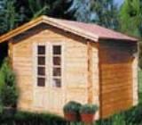 Aflati mai multe informatii despre cum se construieste o casuta din lemn pentru gradina.