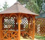 Foisoarele de gradina rustice sunt construite integral din lemn si confera oricarei gradini un aspect intim si relaxant.