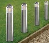 Modele de lampadare de gradina. Avantajele si dezavantajele folosirii unui lampadar de gradina.