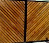 Modele si tipuri de porti din lemn din care puteti alege pentru locuinta dvs.
