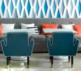 Aflati care sunt efectele vizuale create de culoarea albastra in bucatarie.