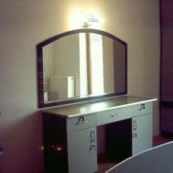 comoda dormitor cu oglinda