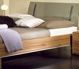 Cateva idei despre alegerea culorii potrivite pentru dormitor.