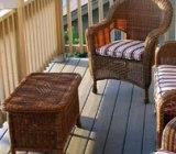 Pentru un design interesant si modern in balcon puteti opta pentru un mobilier din ratan sau lemn.