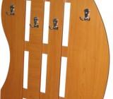 Modele si tipuri de cuiere, simple, de perete sau incluse in garnituri de hol cu oglinda, pantofar, cuier si alte spatii de depozitare