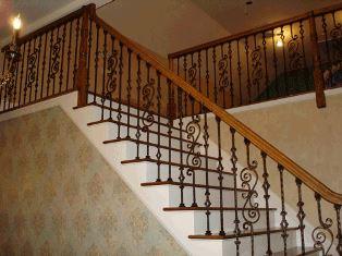balustrada fier cu mana curenta din lemn