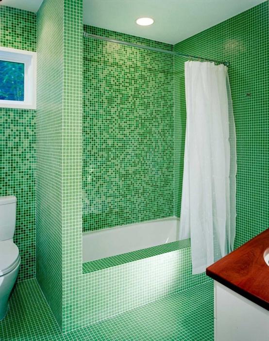 Baie cu mozaic verde aprins